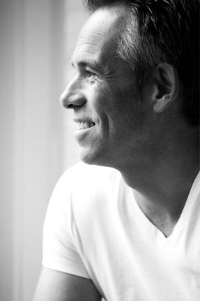 Fotograaf Alphen aan den Rijn - Rein Baesjou Bruidsfotograaf Portretfotograaf Bedrijfsfotograaf